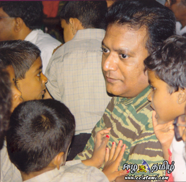 http://puliveeram.files.wordpress.com/2008/09/thalaivar2.jpg