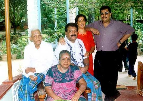 http://puliveeram.files.wordpress.com/2009/10/p3.jpg