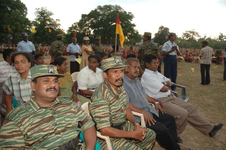 10,000 graduate from self-defense training in Mullaitivu.2006.6.4
