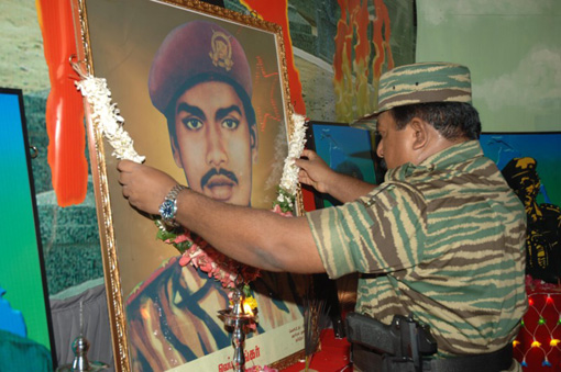 Leader-V-Prabakarans-Heros-day-2005-4