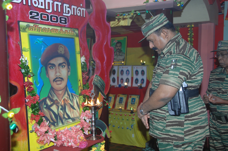 Leader-V-Prabakarans-Heros-day-2008-2