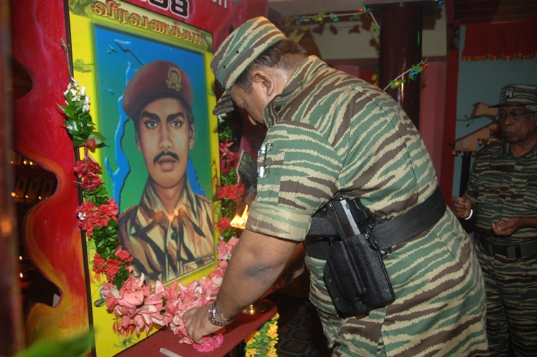 Leader-V-Prabakarans-Heros-day-2008-3