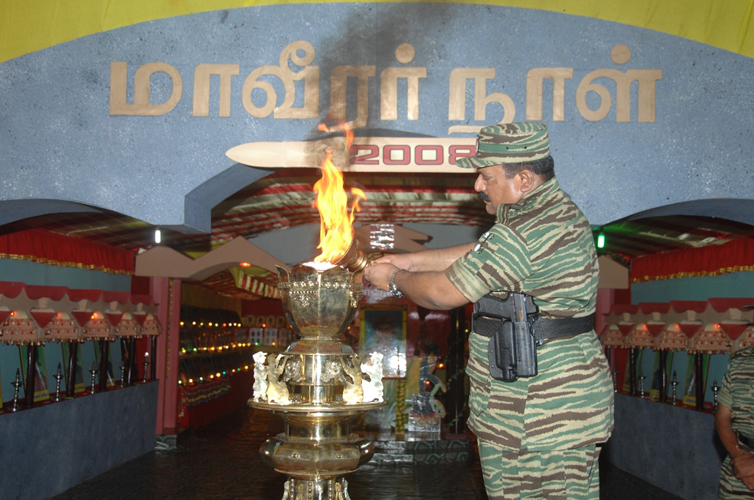 Leader-V-Prabakarans-Heros-day-2008