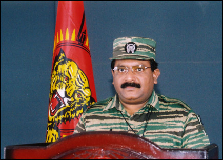 Leader-V-Prabakarans-Heros-day-speech-2004-21