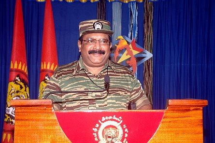 Leader-V-Prabakarans-Heros-day-speech-2008-41
