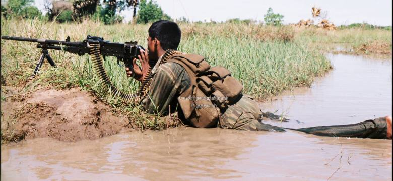ltte-fighters-gun1